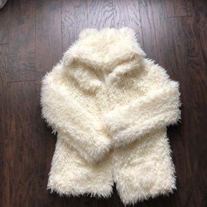 Tops - Fuzzy Wuzzy Bear Hoodie 🐼❤️